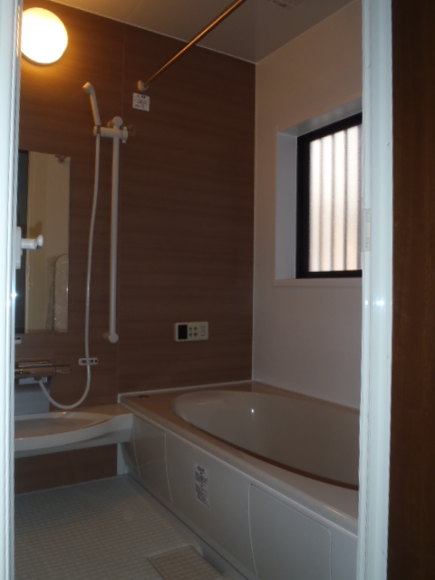 bathroom002-a01