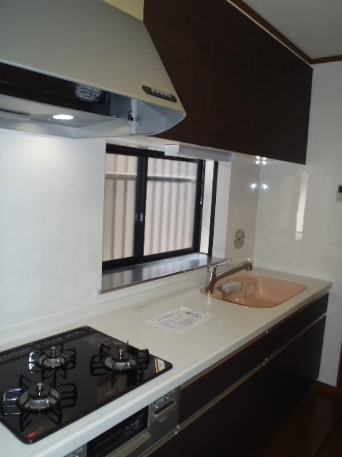 kitchen002-a01
