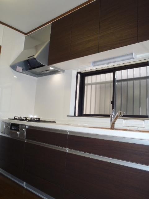 kitchen002-a02