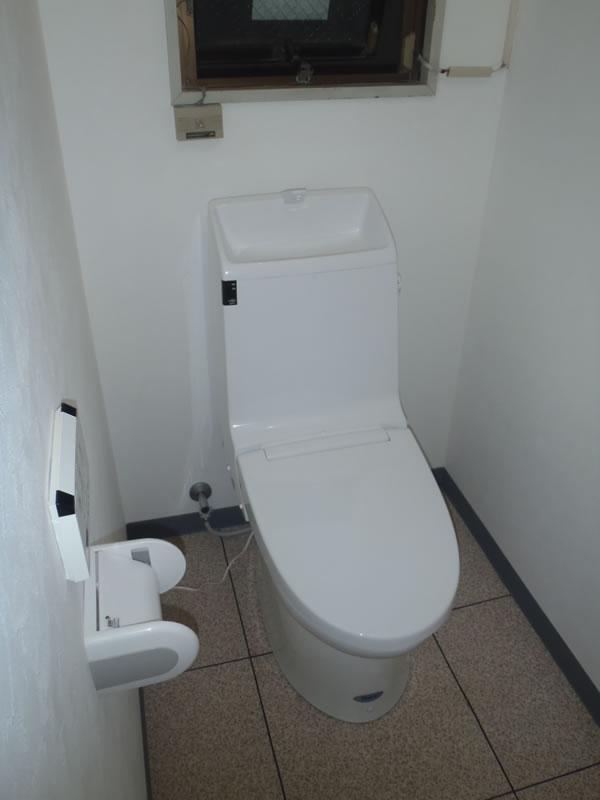toilet003-a01